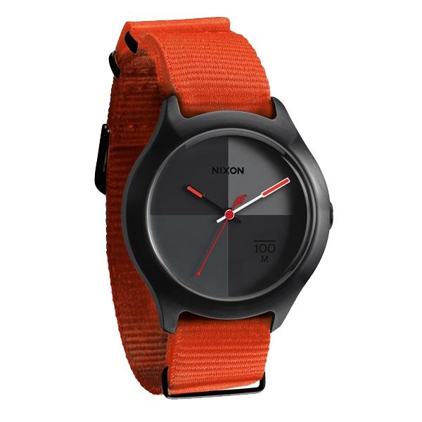 SALE!! セール!!【【SALE!!】 NIXON ニクソン QUAD クアッド ナイロンベルト 腕時計 【国内正規品】 グレイ NA3441178】【ジュエリー・腕時計 メンズNIXON】【TiCTAC】チックタックオンラインストア