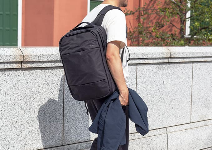 Incase City Collection Backpack�U